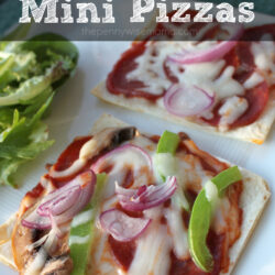Homemade Mini Pizzas – Quick, Easy & Kid-Friendly