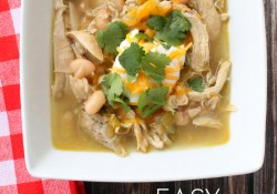 Easy White Chili - quick & easy recipe that will leave people asking for more!
