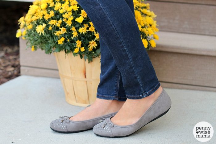 2015 Fall Fashion - skinny jeans and ballet flats