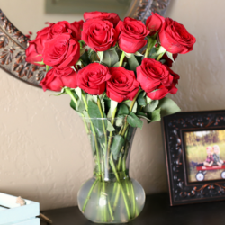 BloomsyBox: Beautiful Flowers Delivered to Your Door Monthly