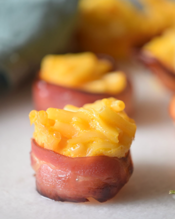 Bacon Mac & Cheese Bites - yummy snack or appetizer!