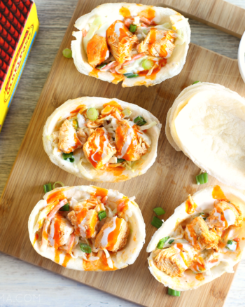 Buffalo Chicken Mini Taco Boats