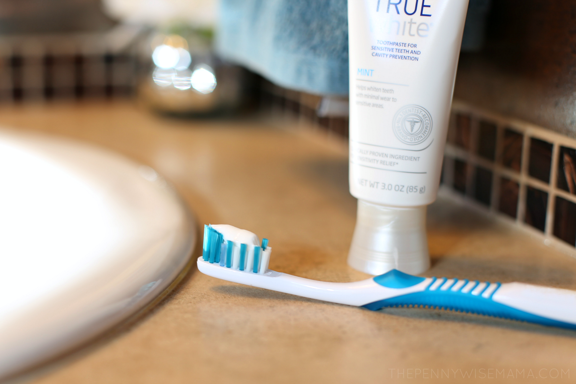 Sensodyne True White Toothpaste
