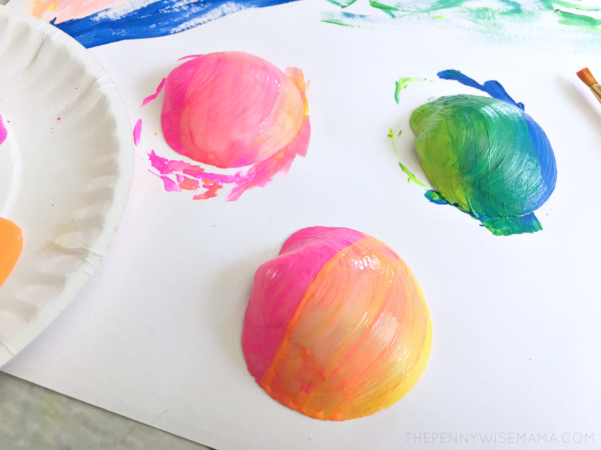 Seashell Fish Craft - Ombre effect with paint