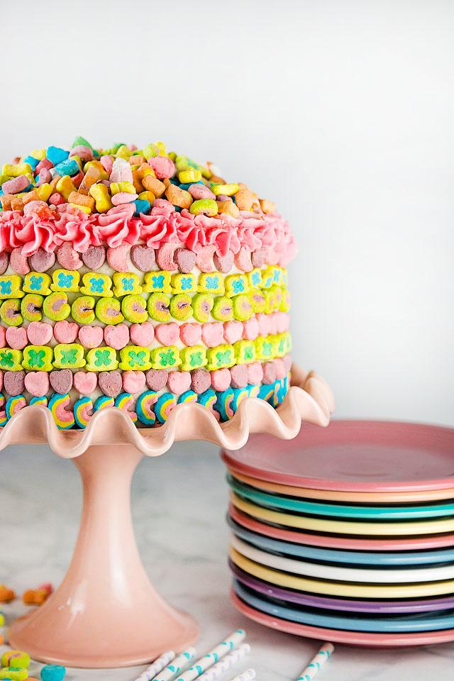 Lucky Charms Rainbow Cake