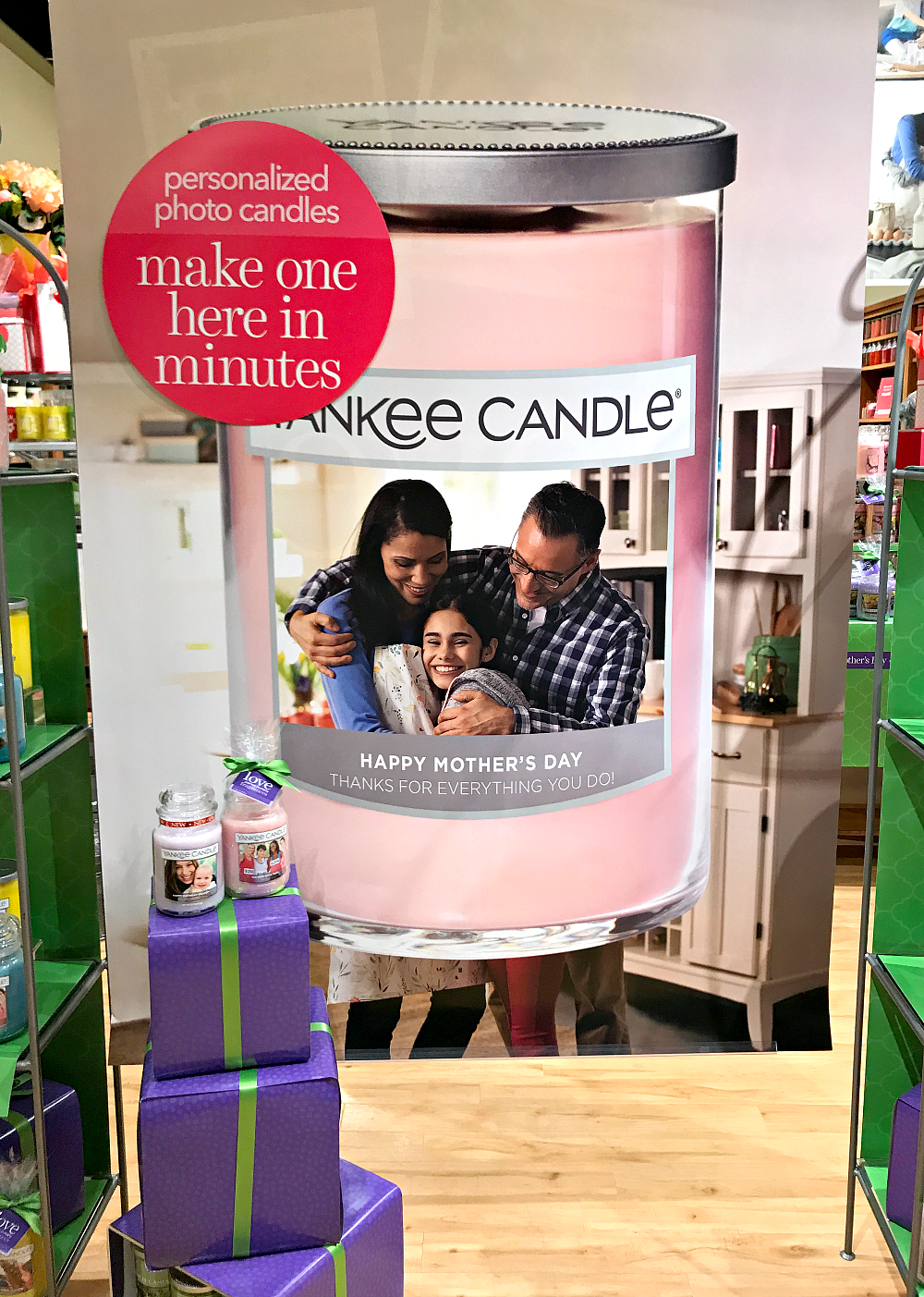 Mother's Day Gift Idea: Personalized Yankee Candle