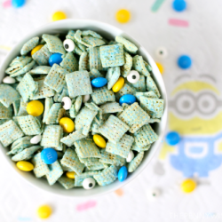 Despicable Me Minions Muddy Buddies