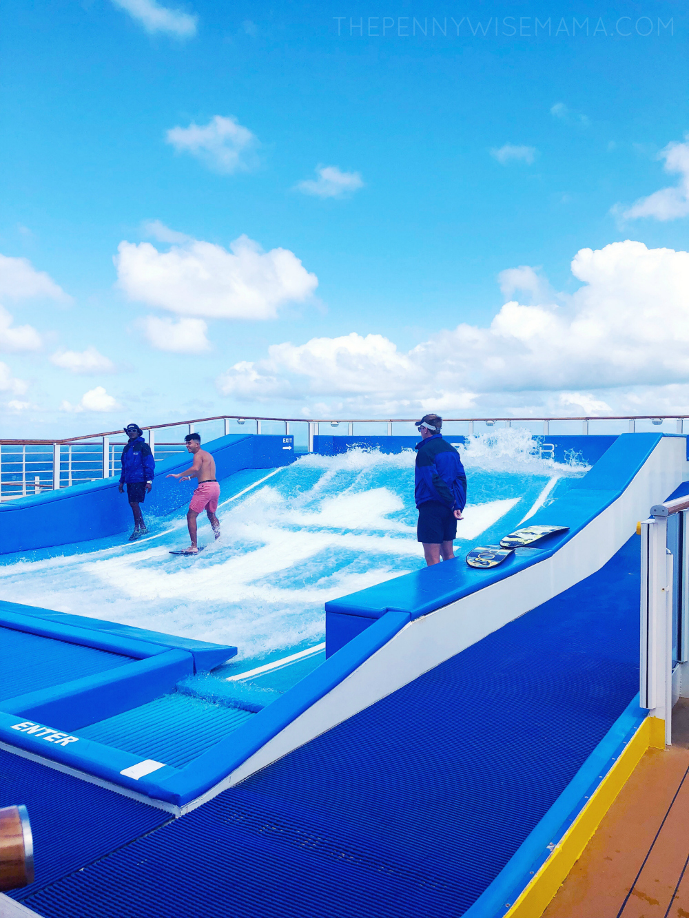 Royal Caribbean Symphony of the Seas - FlowRider