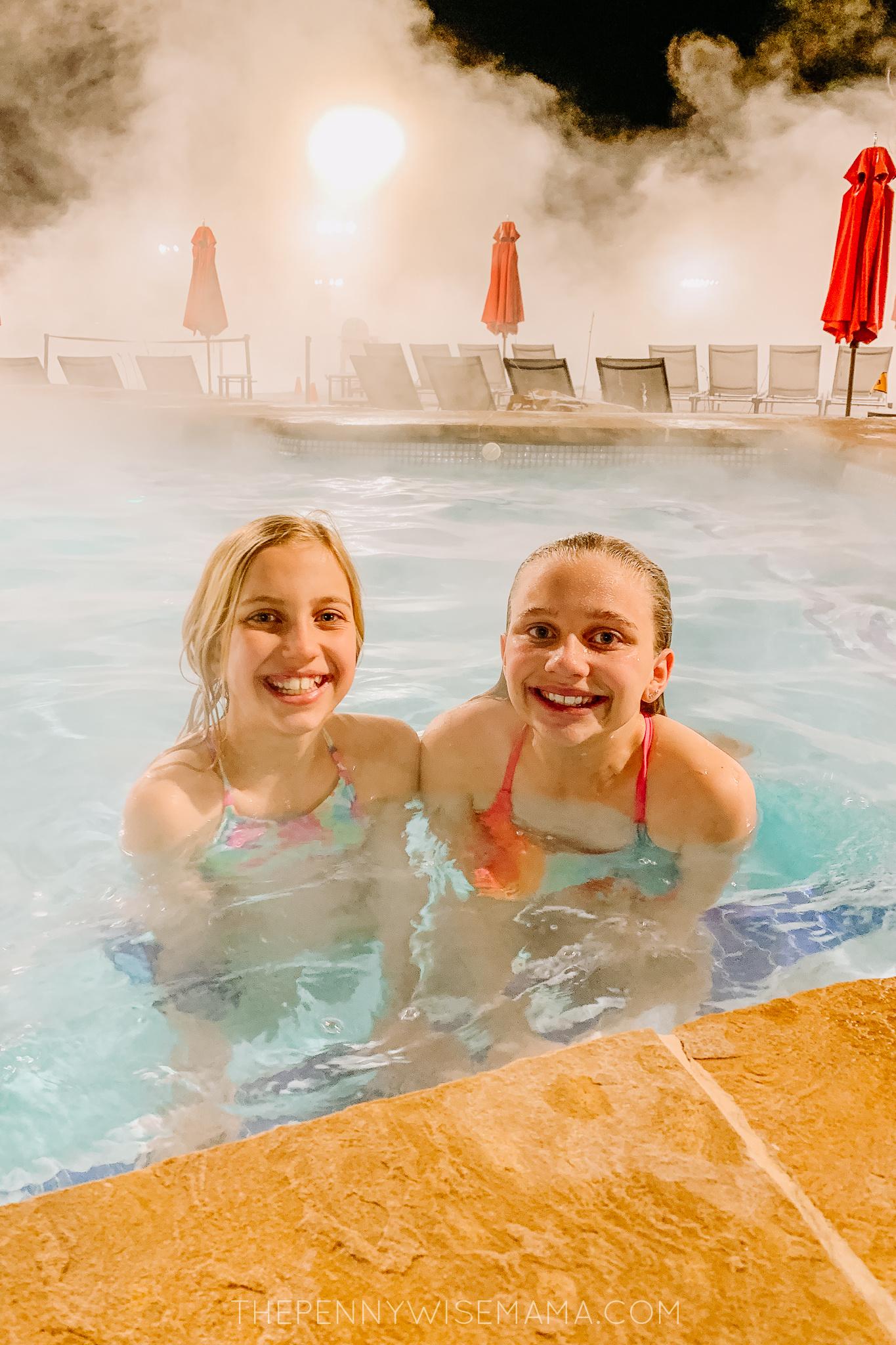 Outdoor hot tub at Gaylord Rockies Resort
